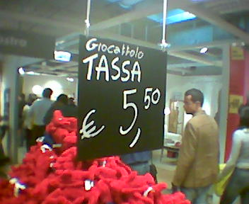 http://www.minimarketing.it/giocattolo_tassa.jpg